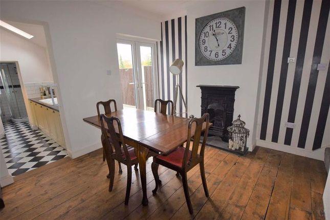 Dining Area of Victoria Road, Stanford-Le-Hope, Essex SS17
