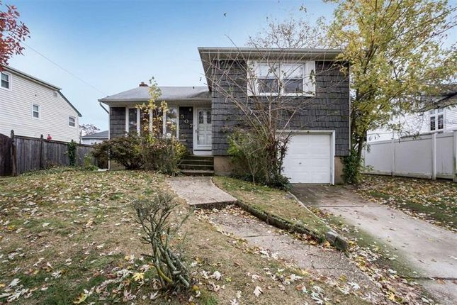 Thumbnail Property for sale in Massapequa Park, Long Island, 11762, United States Of America