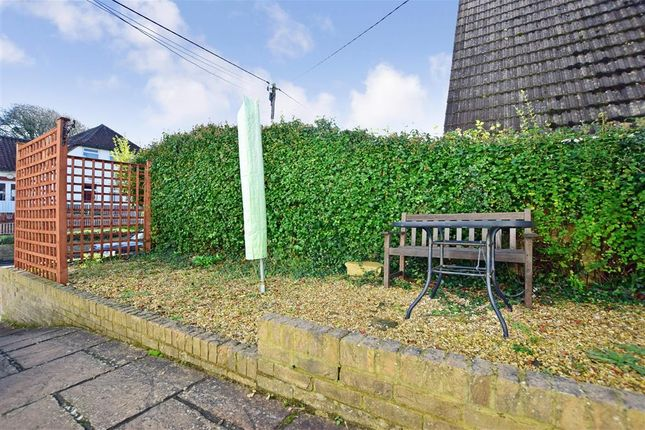 Flat for sale in Broadway, Totland Bay, Isle Of Wight