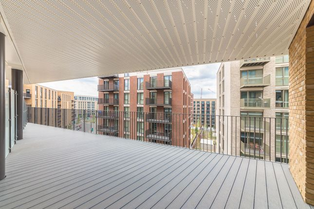 Thumbnail Flat to rent in Mercier Court, 3 Starboard Way, Royal Wharf, London