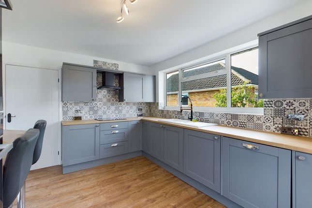 Thumbnail Bungalow for sale in Ludford Crescent, Gainsborough