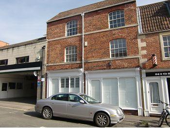 Thumbnail Maisonette to rent in Duke Street, Trowbridge, Wiltshire