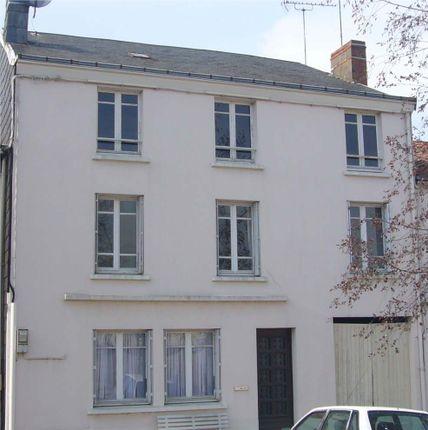 Thumbnail Town house for sale in 79240, Deux-Sèvres, Poitou-Charentes, France