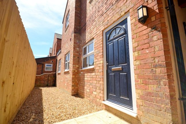 2 bed flat for sale in King Edward Road, Northampton