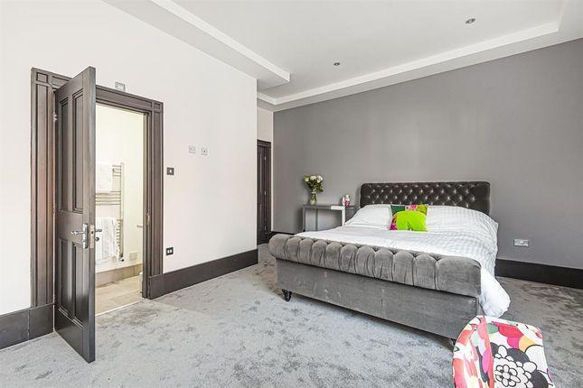 Bedroom 1 of Walkergate, Beverley HU17