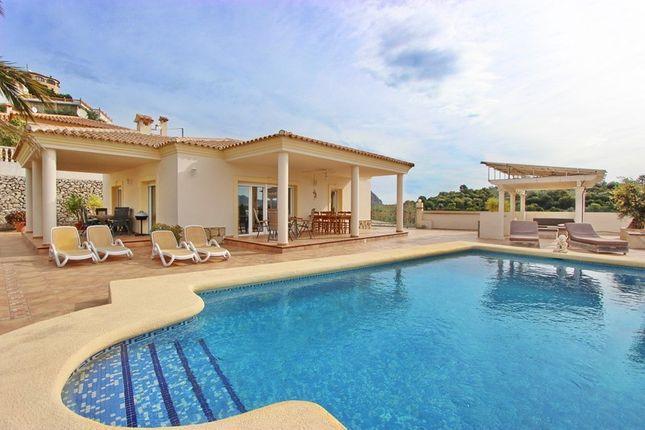 Villa for sale in Sanet Y Negrals, Valencia, Spain