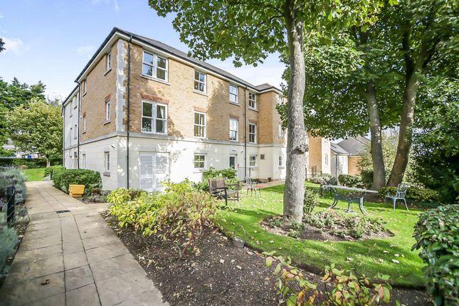 1 bed property for sale in Glen View, Gravesend DA12
