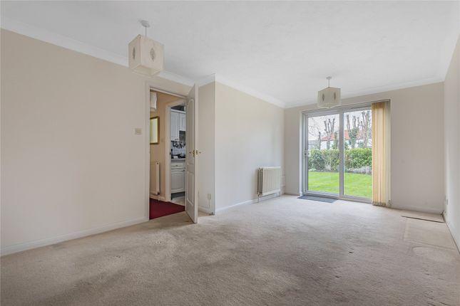 Picture No. 14 of Fernhill Place, 320 Tubbenden Lane South, Farnborough Village, Kent BR6