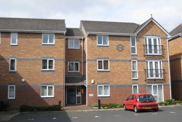 Thumbnail Flat to rent in Meadowbrook Way, Cheadle Hulme, Cheadle