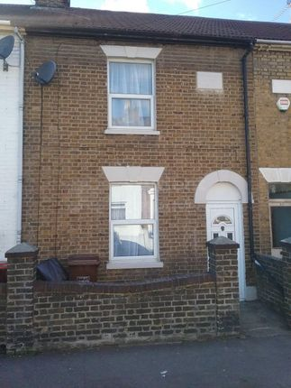 Thumbnail Shared accommodation to rent in Victoria Street, Gillingham