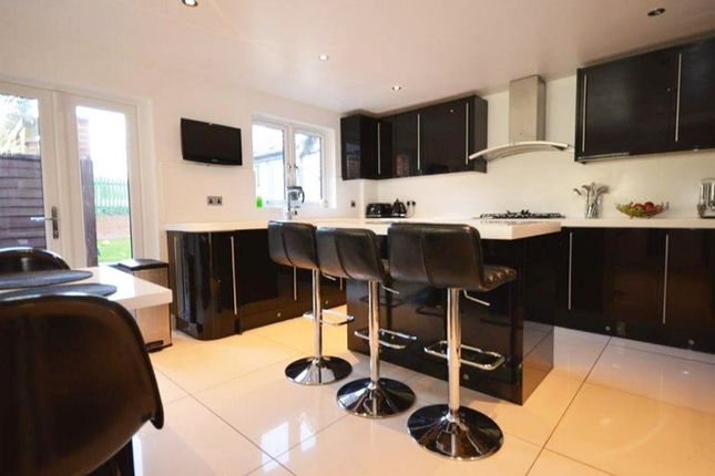 Thumbnail Property to rent in Eaton Park Road, London