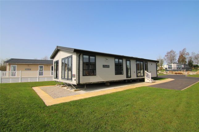 Thumbnail Mobile/park home for sale in Rivendale, Ribble Valley, Country & Leisure Park, Paythorne, Gisburn