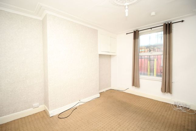 Thumbnail Terraced house to rent in Recreation Mount, Leeds