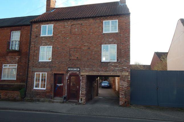 Thumbnail Flat to rent in Millgate, Newark, Nottinghamshire