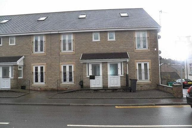 Thumbnail Flat to rent in Brecon Road, Pontardawe, Swansea, City & County Of Swansea.
