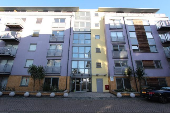 Thumbnail Flat to rent in Deals Gateway, Greenwich, London