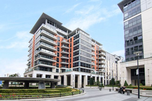 2 bed flat to rent in Imperial Wharf, London