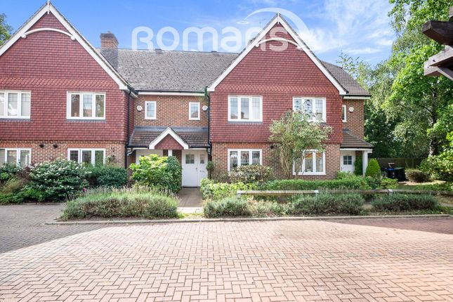 Thumbnail Terraced house to rent in Hedgerley Lane, Gerrards Cross