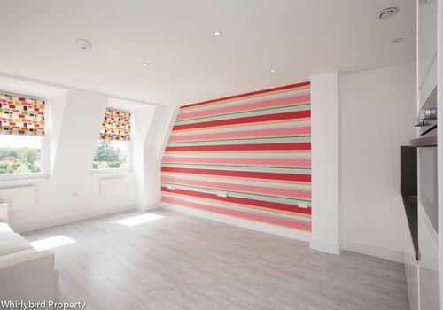 Thumbnail Studio to rent in Station Road, Gerrards Cross, Buckinghamshire