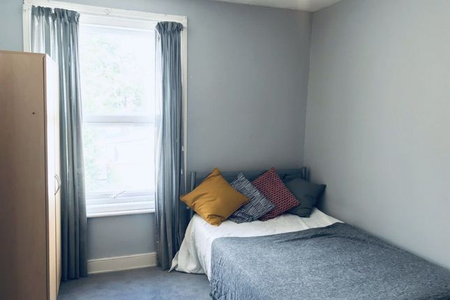 Thumbnail Property to rent in Fitzhugh Place, Shirley, Southampton