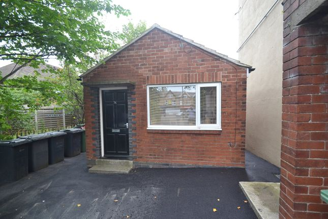 Thumbnail Cottage to rent in Street Lane, Roundhay, Leeds