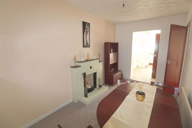 Dining Room of Ivy Terrace, Pontypridd CF37