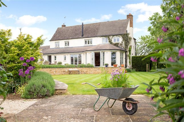 Thumbnail Detached house to rent in Churchill Road, Kingham, Chipping Norton, Oxfordshire