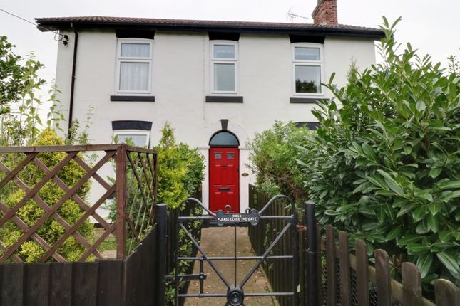 Thumbnail Detached house for sale in Kings Road, Barnetby