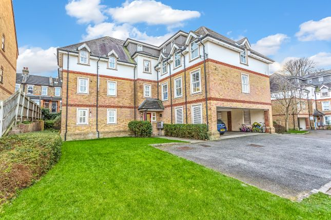 Thumbnail Flat for sale in Church Paddock Court, Church Paddock Court, Wallington
