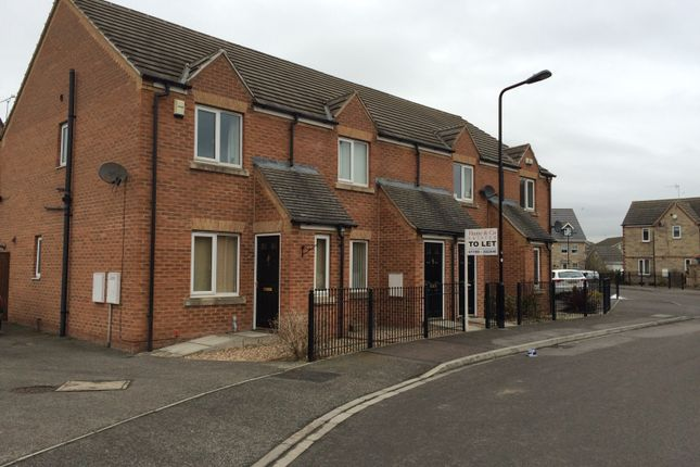 Thumbnail Town house to rent in Euston Way, Dinnington