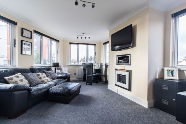 Thumbnail Flat for sale in Rectory Grove, Leigh-On-Sea