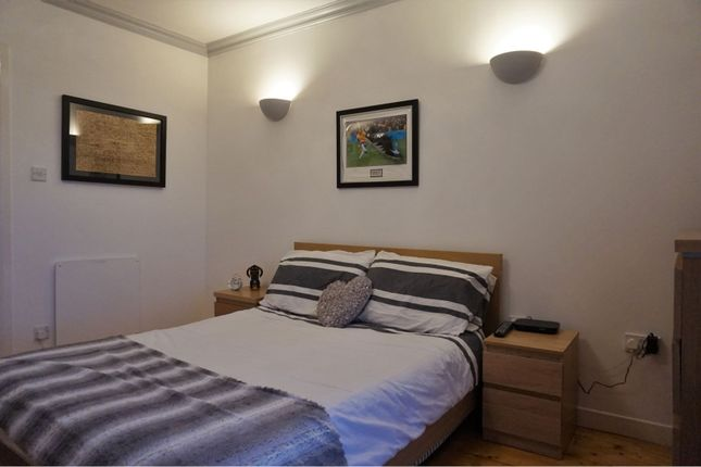 Bedroom of 201 Clepington Road, Dundee DD3