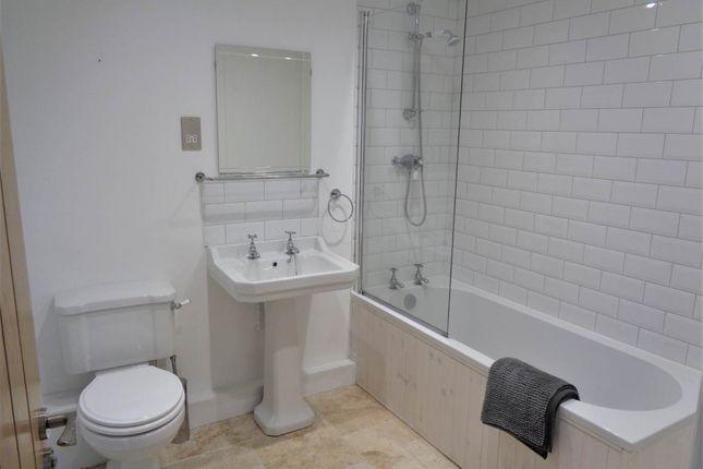 Bathroom of Brook Farm, Westerleigh, England BS37