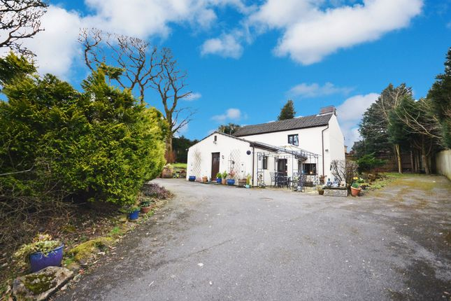 Thumbnail Cottage for sale in Cravens Avenue, Blackburn
