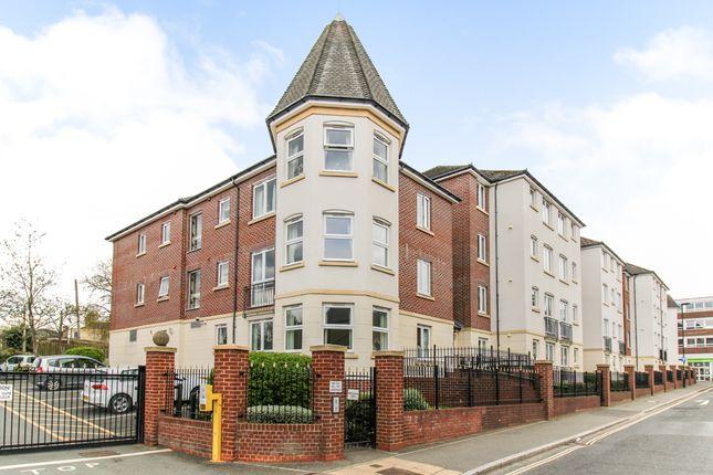 1 bed property for sale in Kingsley Court, Aldershot, Hampshire GU11