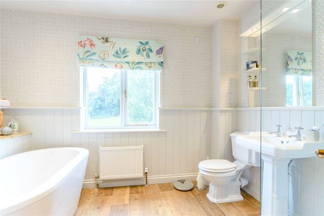 Family Bathroom of Netherland Green, Uttoxeter, Staffordshire ST14