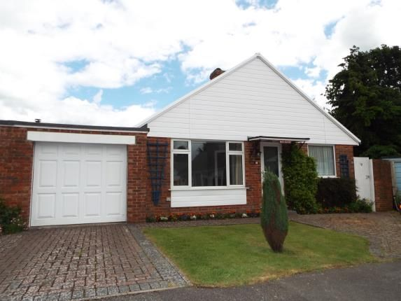 Thumbnail Bungalow for sale in Broyle Paddock, Ringmer, Lewes, East Sussex