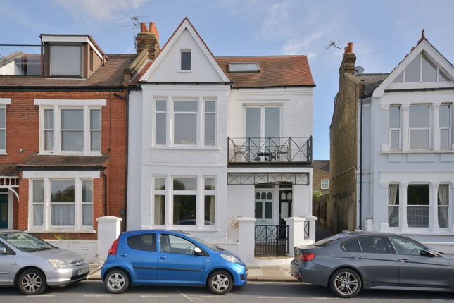 2 bed flat for sale in Lonsdale Road, Barnes