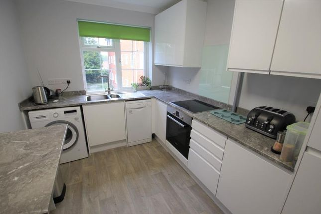 Thumbnail Flat to rent in Brooklyn Court, Woking
