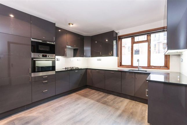 Terraced house to rent in Castellain Road, Maida Vale
