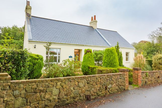 Thumbnail Detached house to rent in Icart Road, St. Martin, Guernsey