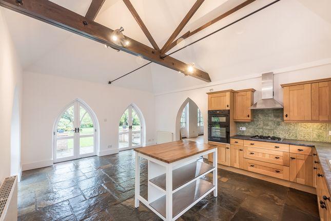 4 bed semi-detached house to rent in Shendish, Hemel Hempstead