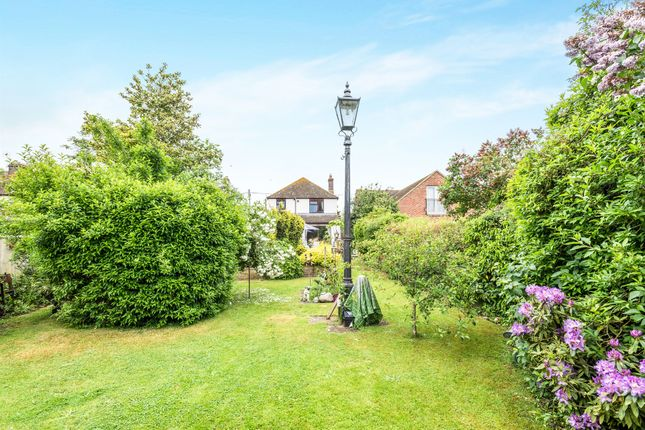 Thumbnail Detached house for sale in Warren Hill, Stadhampton, Oxford