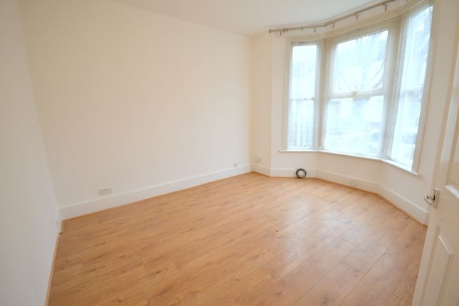 Thumbnail Terraced house to rent in Leslie Road, Leytonstone