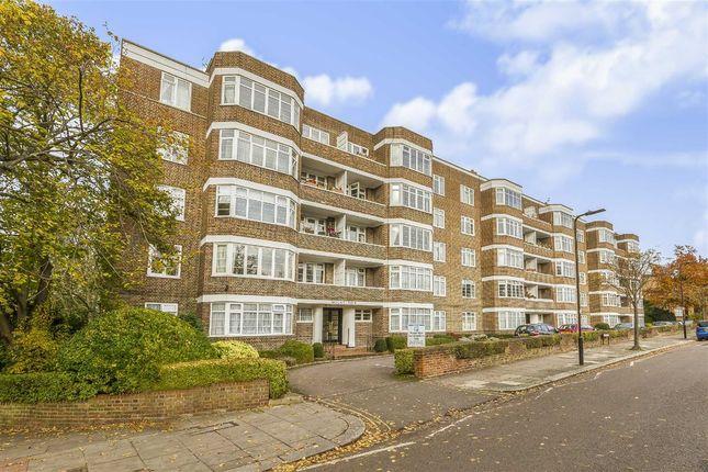 Thumbnail Flat for sale in Mount Avenue, London