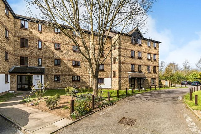 2 bed flat for sale in Chalkstone Close, Welling