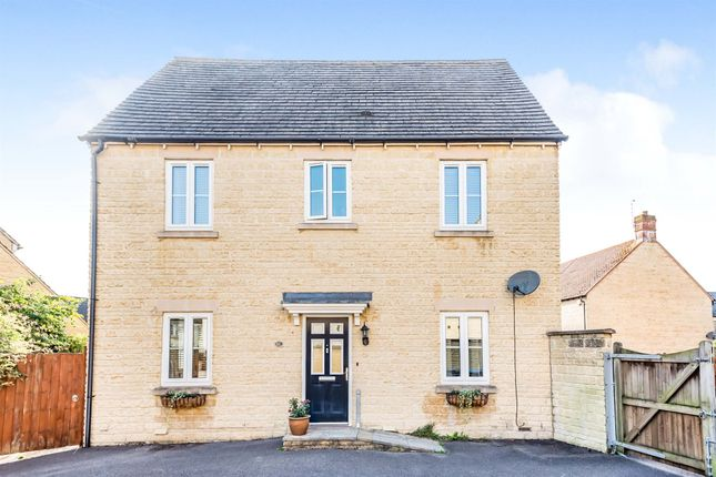 Thumbnail Semi-detached house for sale in Boundary Way, Carterton