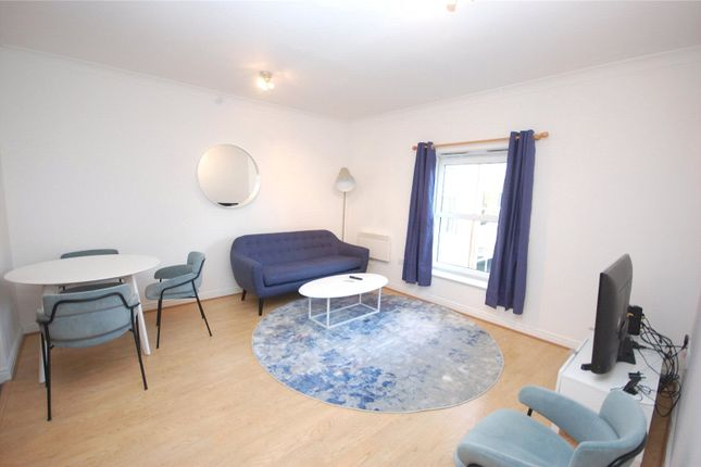 1 bed flat for sale in High Road, North Finchley N12