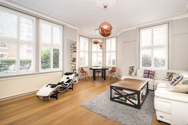 Thumbnail Flat for sale in North Court, Clevedon Road, Twickenham
