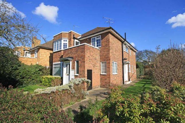 Thumbnail Flat to rent in Bishops Close, Ham, Richmond